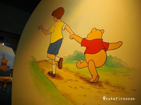 香港ディズニーランドのプーさんの冒険