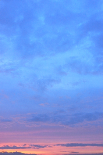 日没後、北西の空