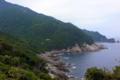 [旅行][屋久島]島の北西部、永田岬の屋久島灯台から南側の海岸。花崗岩がせりあがる