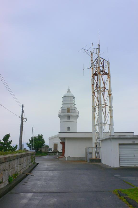 屋久島灯台入口付近より。雨天、北西からの風が強く、肌寒かった