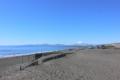 [海][富士山] 正月の静かな浜辺