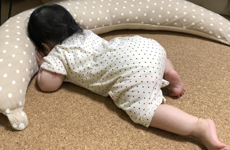 抱き枕と愛娘