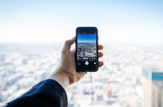 プロ並みに撮れる?iPhoneおすすめカメラアプリ一覧
