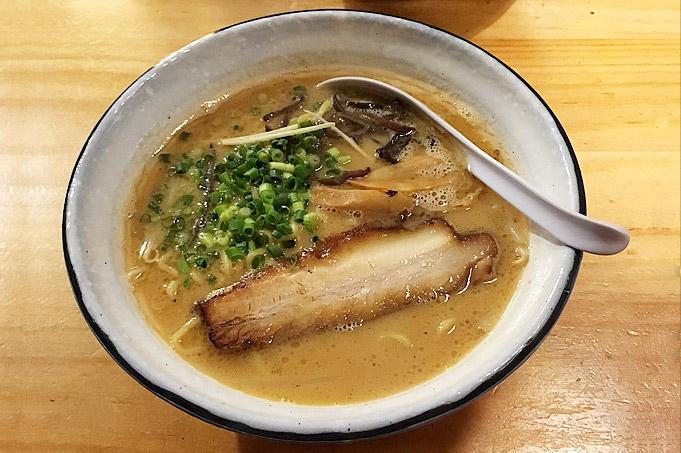 麺屋 丸鶏庵(まるちあん)に行ってきました!美味い丸鶏スープの濃厚味噌ラーメン