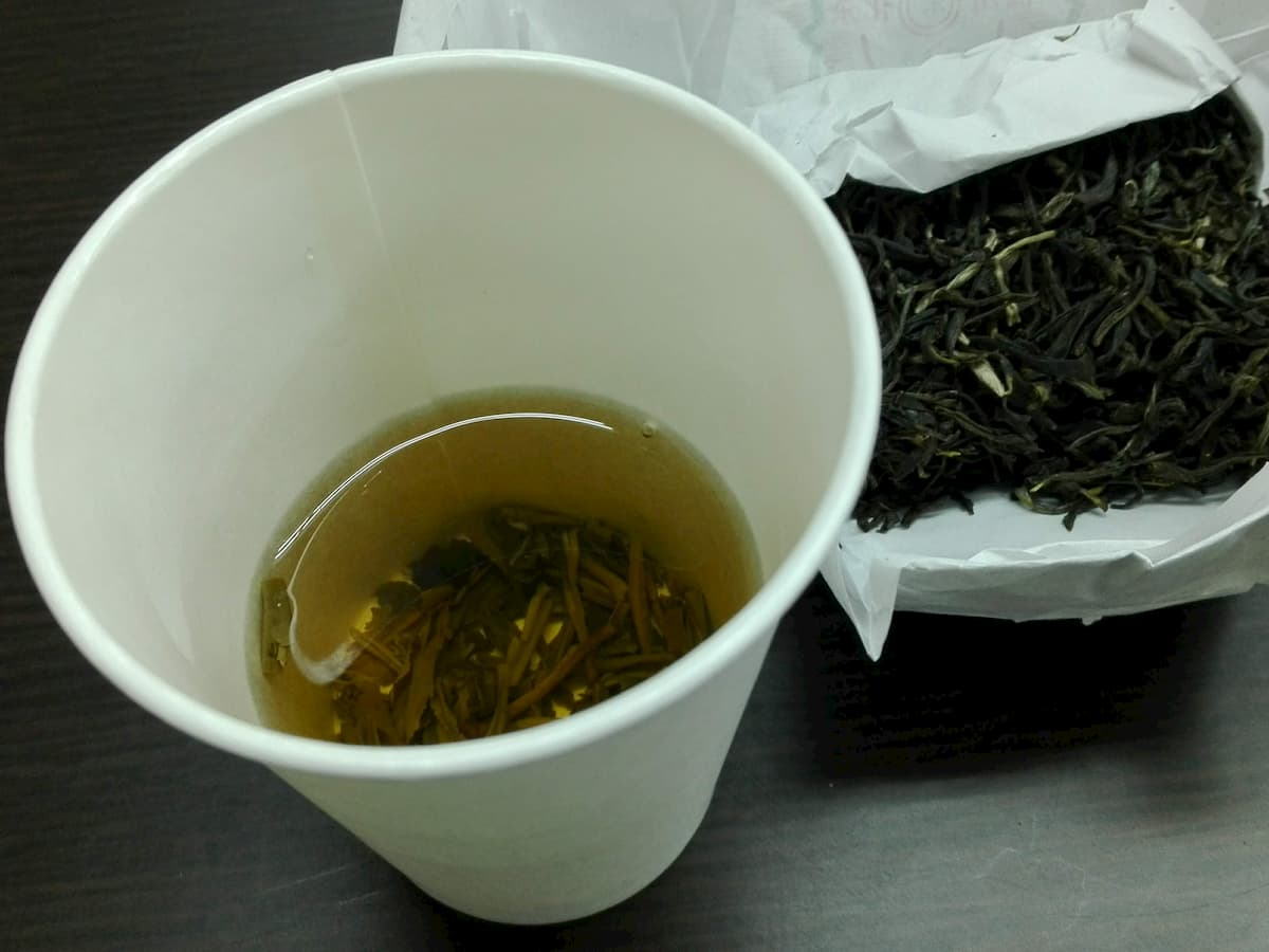 tea-in-paper-cup