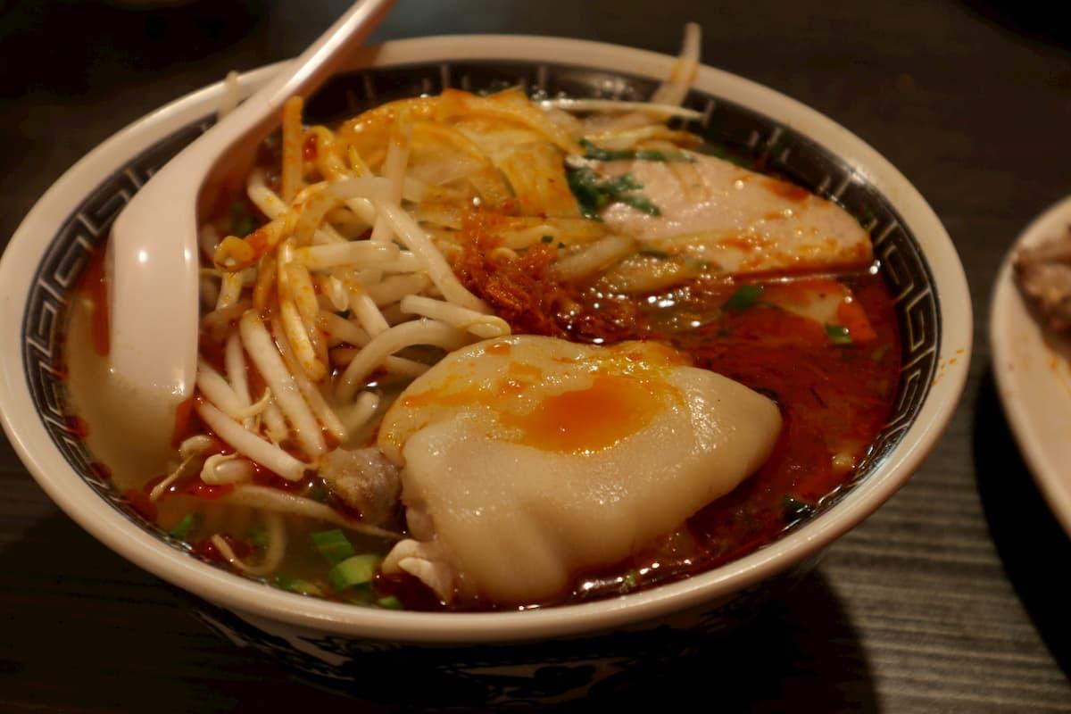 beef-noodle-soup-hue