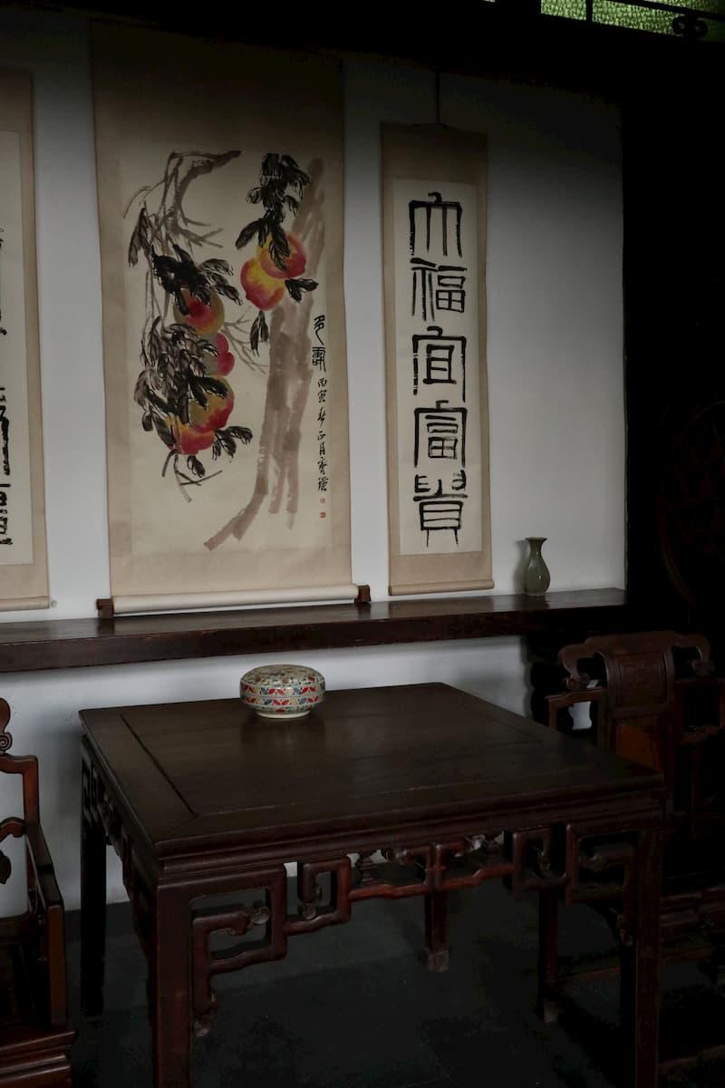 classical-furniture