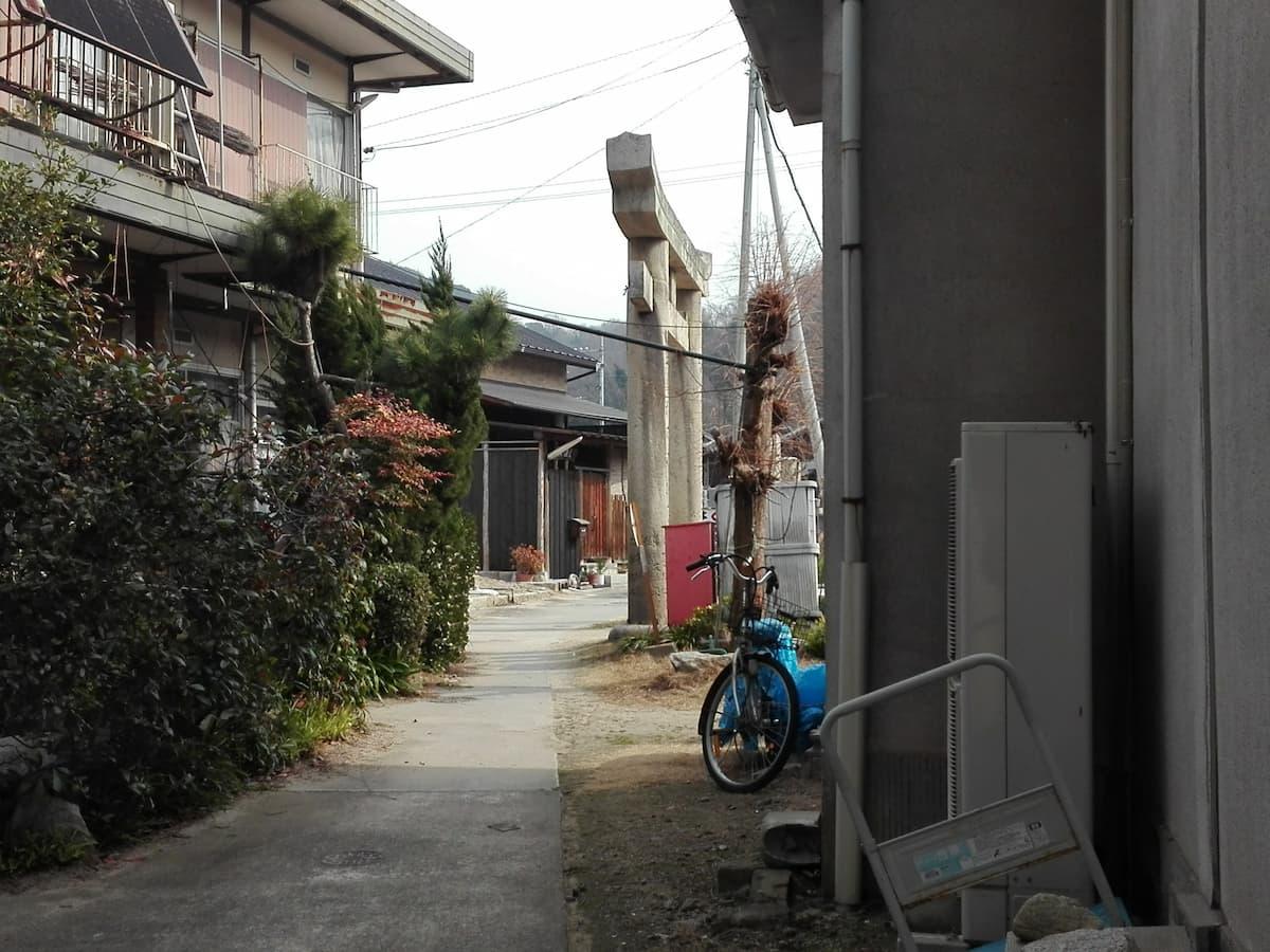 manabeshima-alley