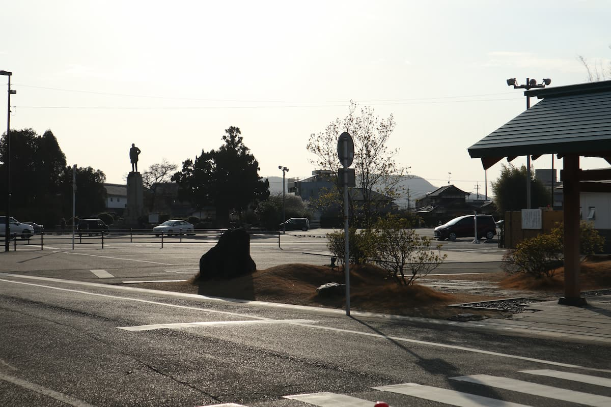 2nd-parking-lot
