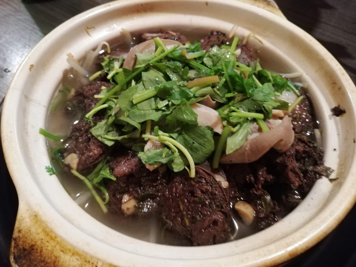 boiled-pork-offal