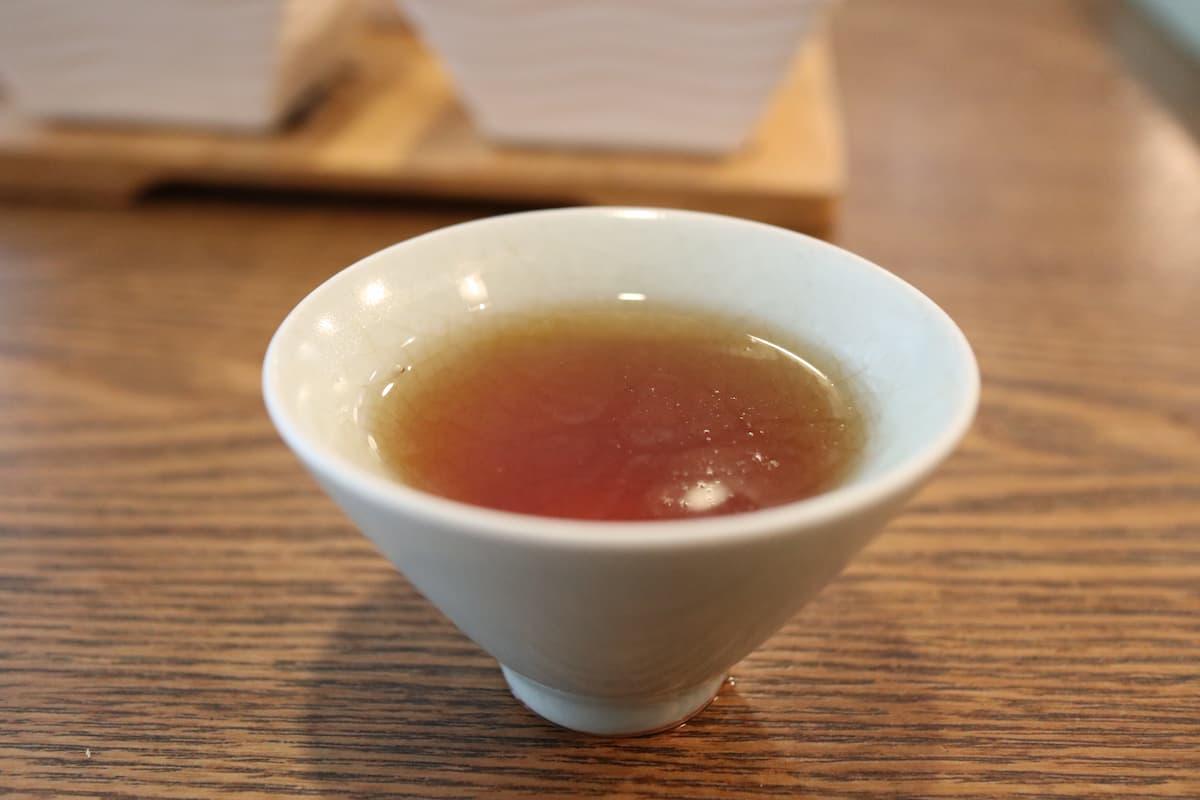 茶杯に入った正山小種