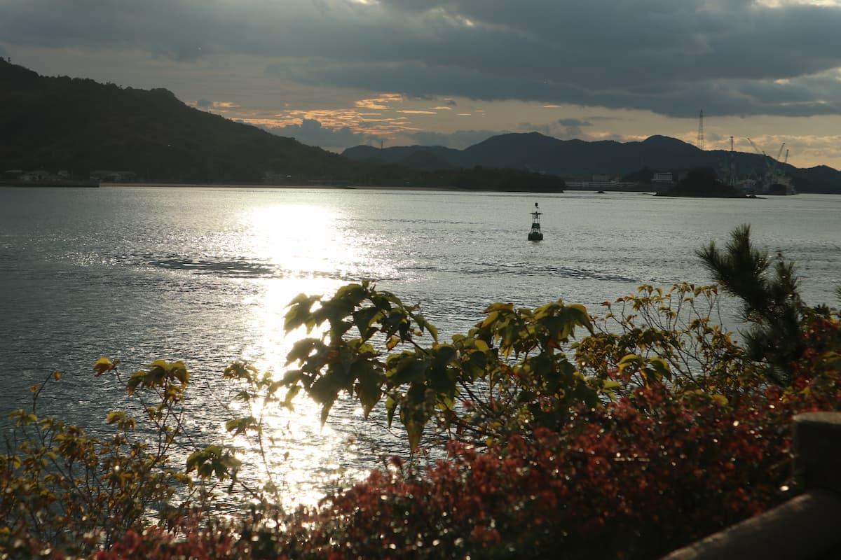 因島の展望台から望む瀬戸内海