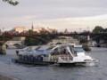 [フランス]セーヌ川と遊覧船