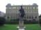 ドボルザーク像(プラハにて)