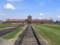 ビルケナウ収容所の「死の門」