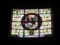 [スロバキア]ブラチスラバの小さな教会のステンドグラス。