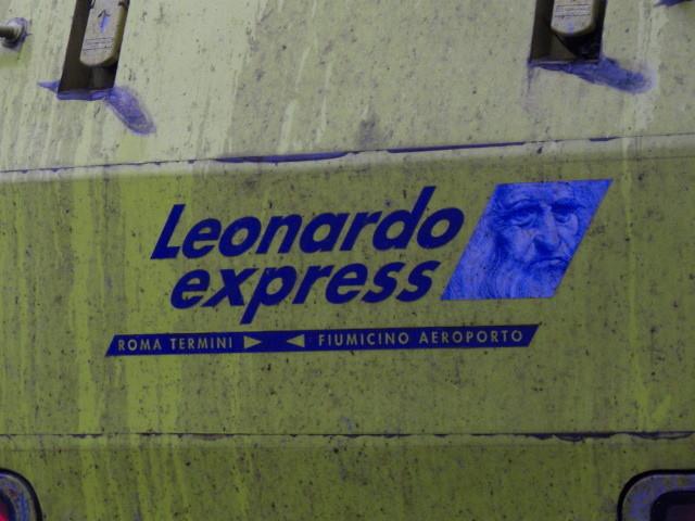 ローマ・テルミニ駅にて、レオナルド・エクスプレス