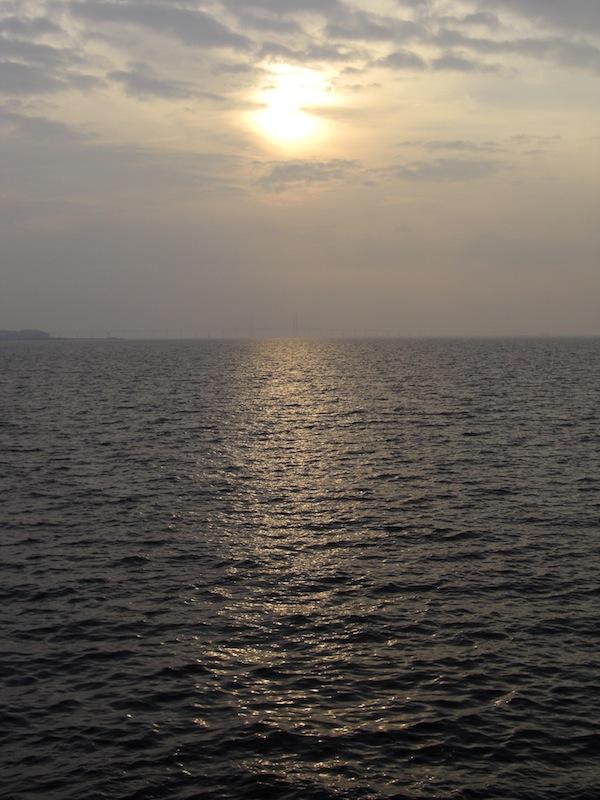 エーレスンド海峡に沈む夕日
