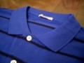 [静止物]青と黒のポロシャツ