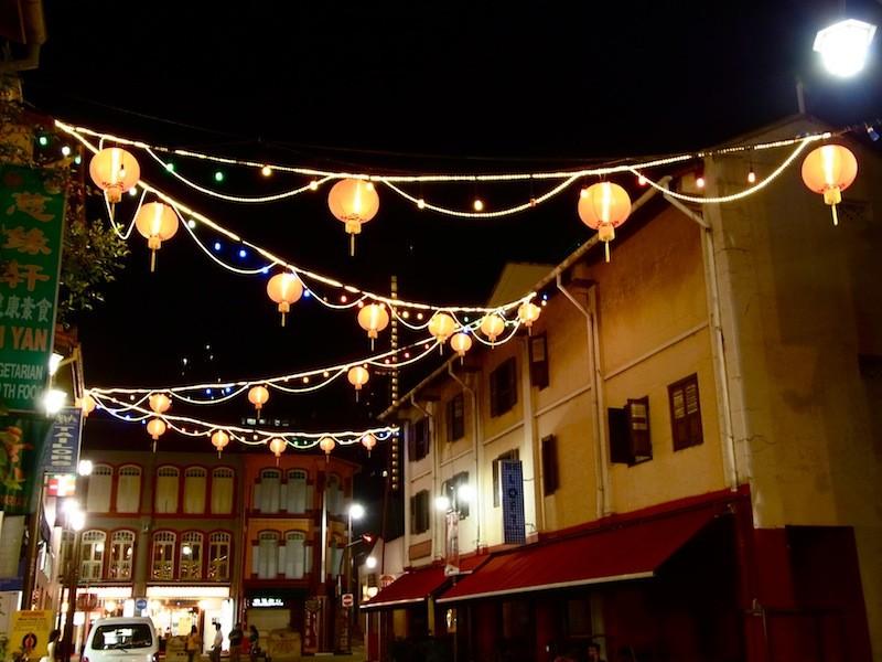チャイナタウンの提灯