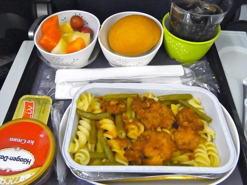 キャセイ・パシフィックシンガポール発香港行きの機内食