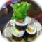 回転寿司(サーモンアボカドロール)