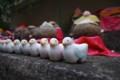 [風景写真]六角堂の鳩の置物