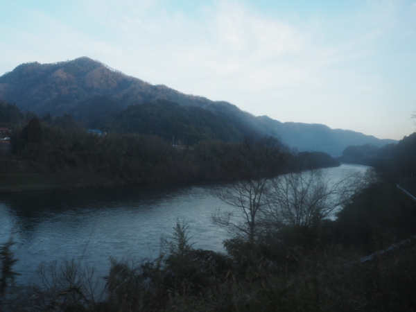f:id:yukisigekuni:20180323234034j:plain
