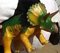 長崎ハウステンボスで購入した恐竜のおもちゃ画像