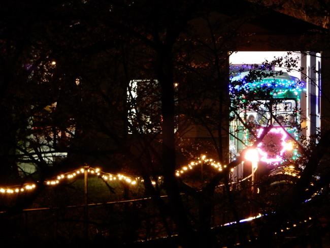 船岡城址公園のスロープカーのイルミネーション1