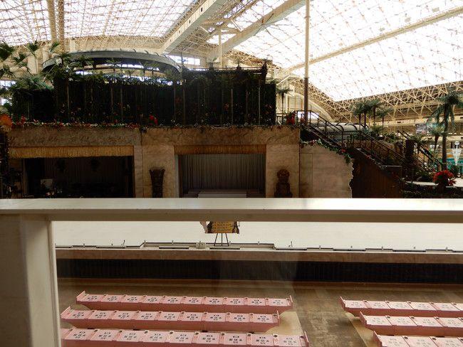 ハワイアンズショーの有料座席の見え方や選び方、実際の見え方、2階A席:真ん中1列目