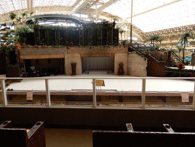 ハワイアンズショーの有料座席の見え方や選び方、実際の見え方、2階A席:真ん中3列目