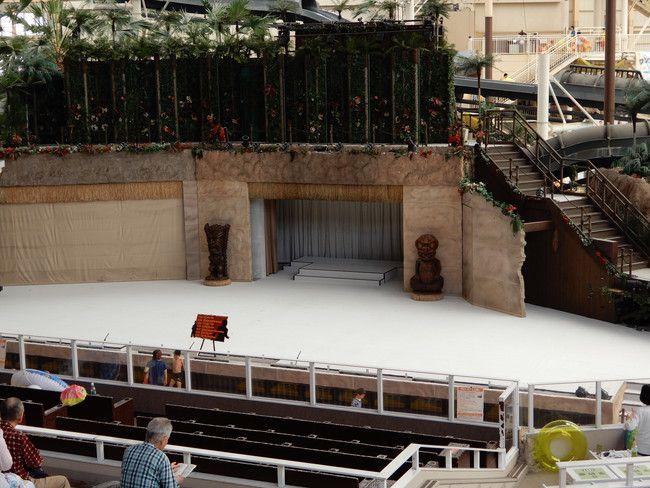 ハワイアンズショーの有料座席の見え方や選び方、実際の見え方、2階B席:右側1番後ろ