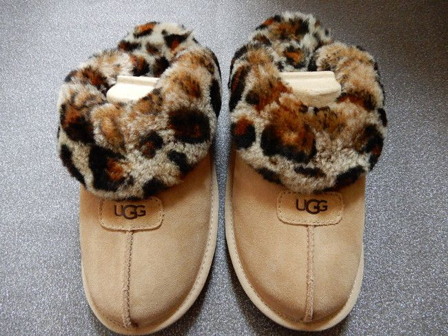 レビュー、UGGコケットはモフモフが豹ひょうしている