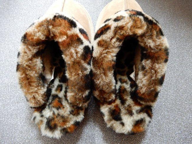 レビュー、UGGコケットは靴の中も豹