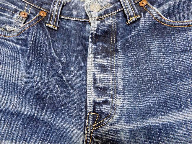 1000回以上穿いたフラッドヘッドデニムの経年変化、色落ち、ボタンフライ