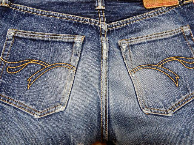 1000回以上穿いたフラッドヘッドデニムの経年変化、色落ち、バックポケット