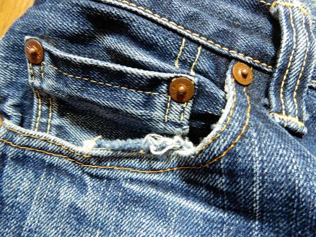 1000回以上穿いたフラッドヘッドデニムの経年変化、色落ち、コインポケット