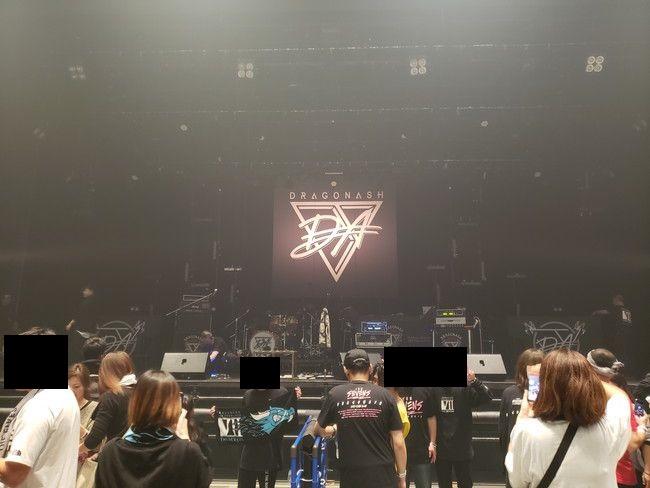仙台PITの座席別ステージの見え方、中列