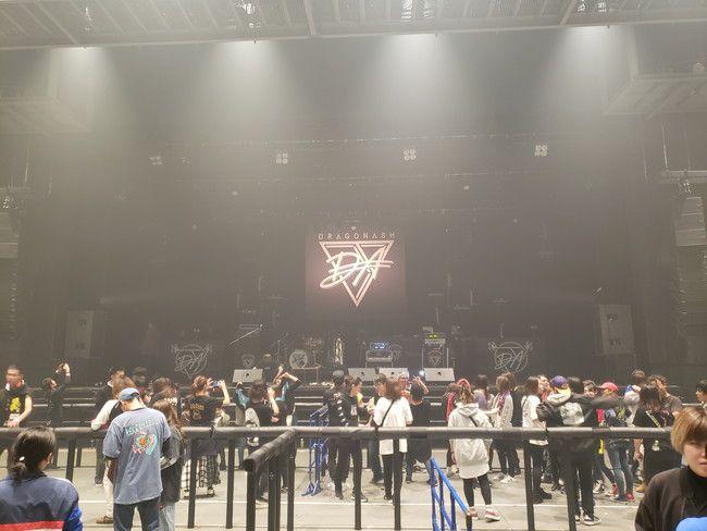 仙台PITの座席別ステージの見え方、後列(1番後ろ)
