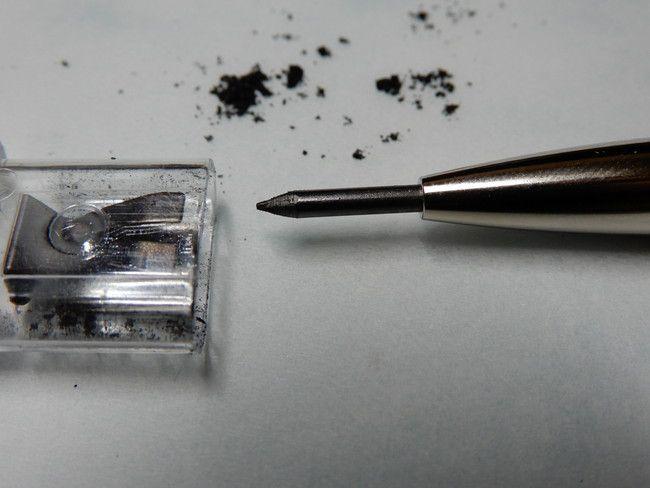 レビュー・感想、芯削りの正しい使い方、左右に細かくまわさないといけない
