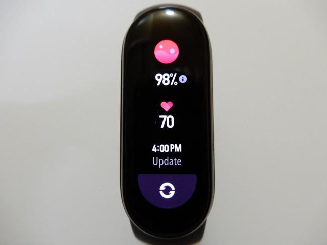 SpO2機能で同時に心拍数も測定してくれる