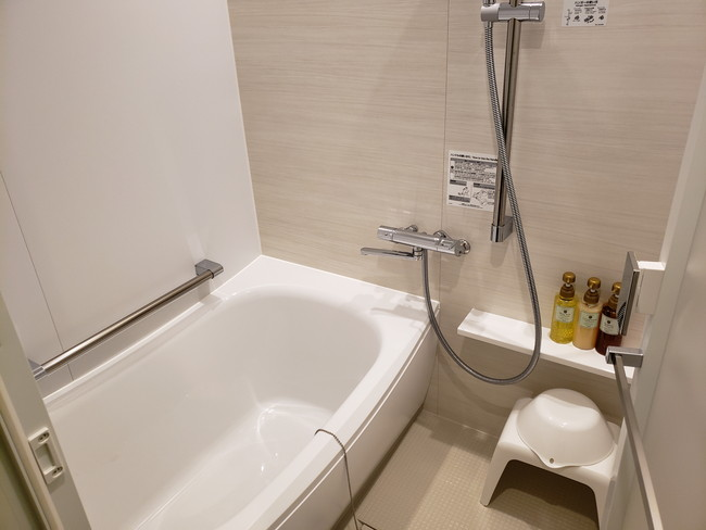 変なホテルのツインルーム、お風呂
