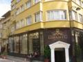 同じくイスタンブール市街の建物