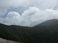 硫黄岳の稜線は横岳へ続く
