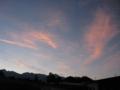 朝焼けの中、左端~天狗岳、根石岳、蓑冠山、窪み底が夏沢峠、硫黄岳