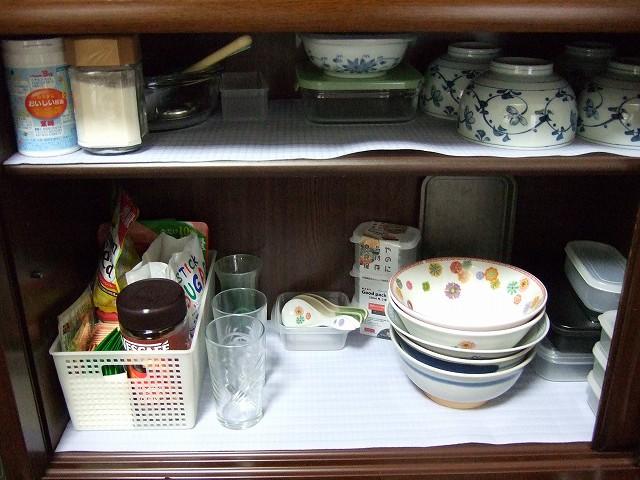スッキリした食器棚