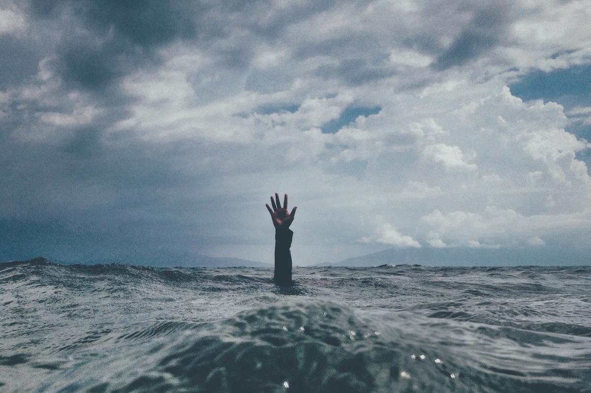 ストレスの海に溺れる