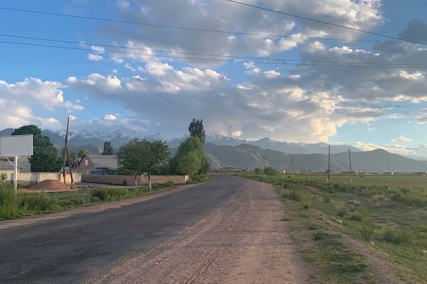 キルギスのボコンバエバには特に観光名所はないが散歩するだけ楽しい。