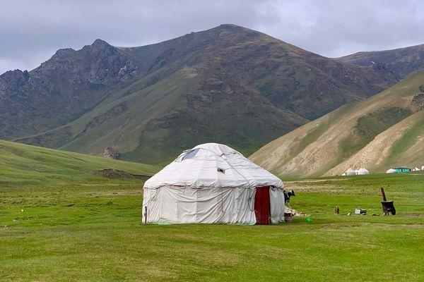 自然よし、治安よしのキルギスを是非次の観光先に!
